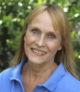 Diane Headshot