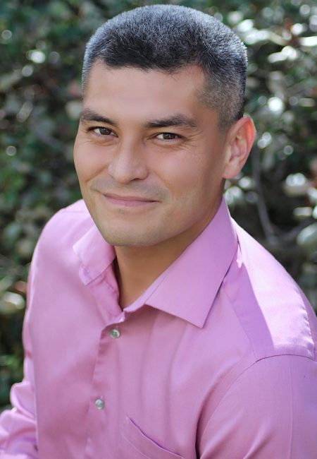 Steven Reyes Headshot
